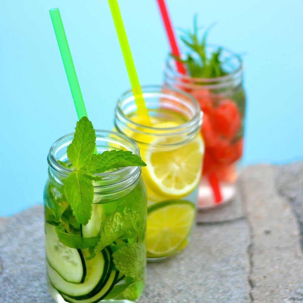 Fruit & Herb Infused Water Recipes For Detoxing And Anti-Aging
