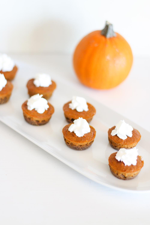pumpkin-pie-bites-vertical